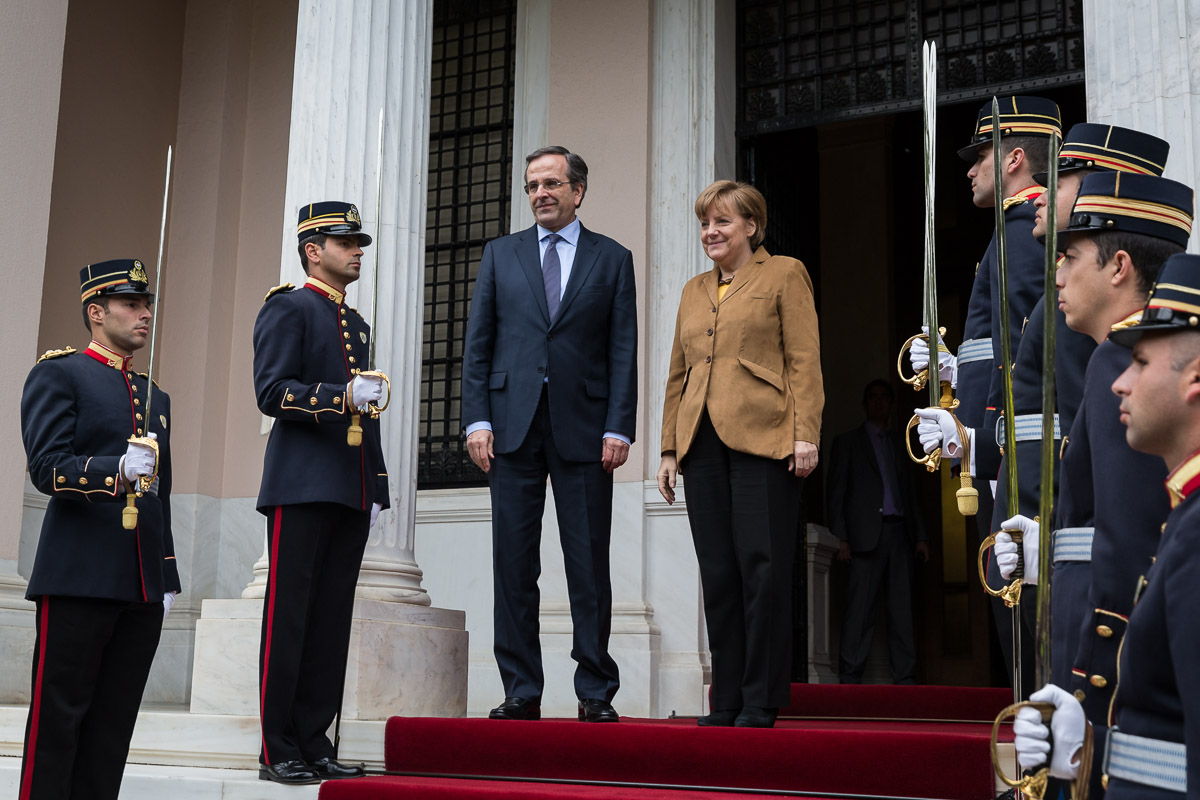German Chancellor Angela Merkel and Greek Prime Minister Antonis Samaras. Athens, April 2014. [Bundesregierung/Kugler]