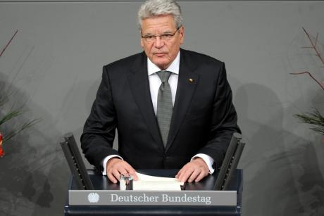 German President Joachim Gauck speaks before the Bundestag. [Deutscher Bundestag / Achim Melde]