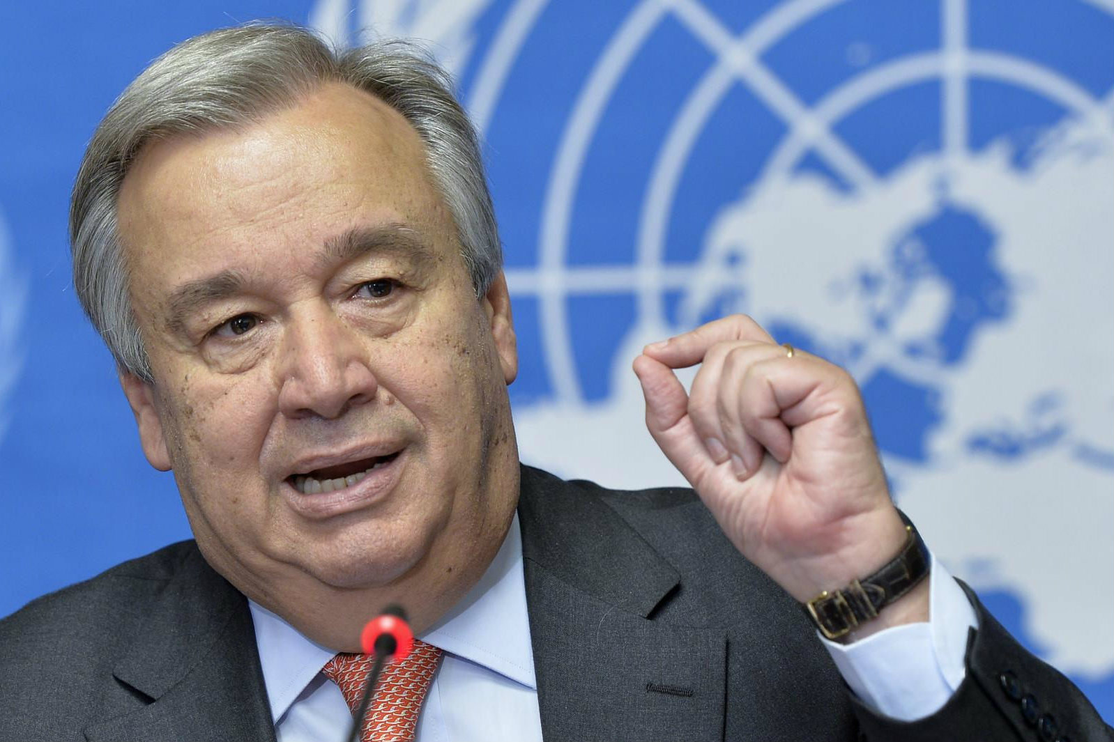 UN Refugee Commissioner António Guterres praised German refugee policy, saying the country sets an example for other EU member states. [UN Geneva/Flickr]