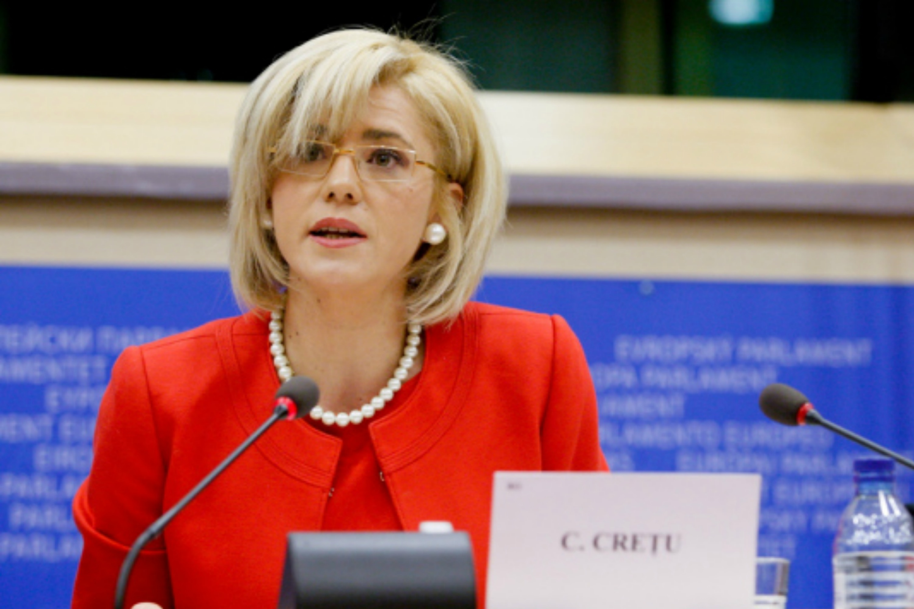 Corina Cretu, photo website of Corina Cretu