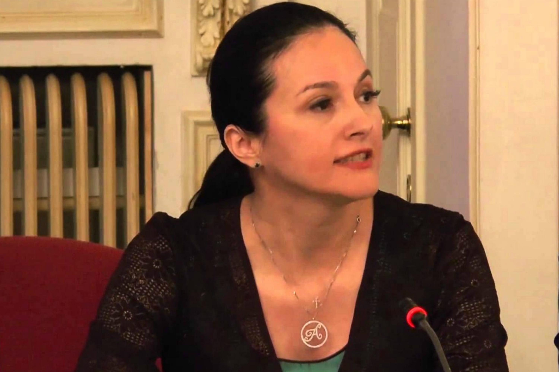 Alina Bica & Adrian Neamtu - Murgulet cu coama rara [live ...  |Alina Bica