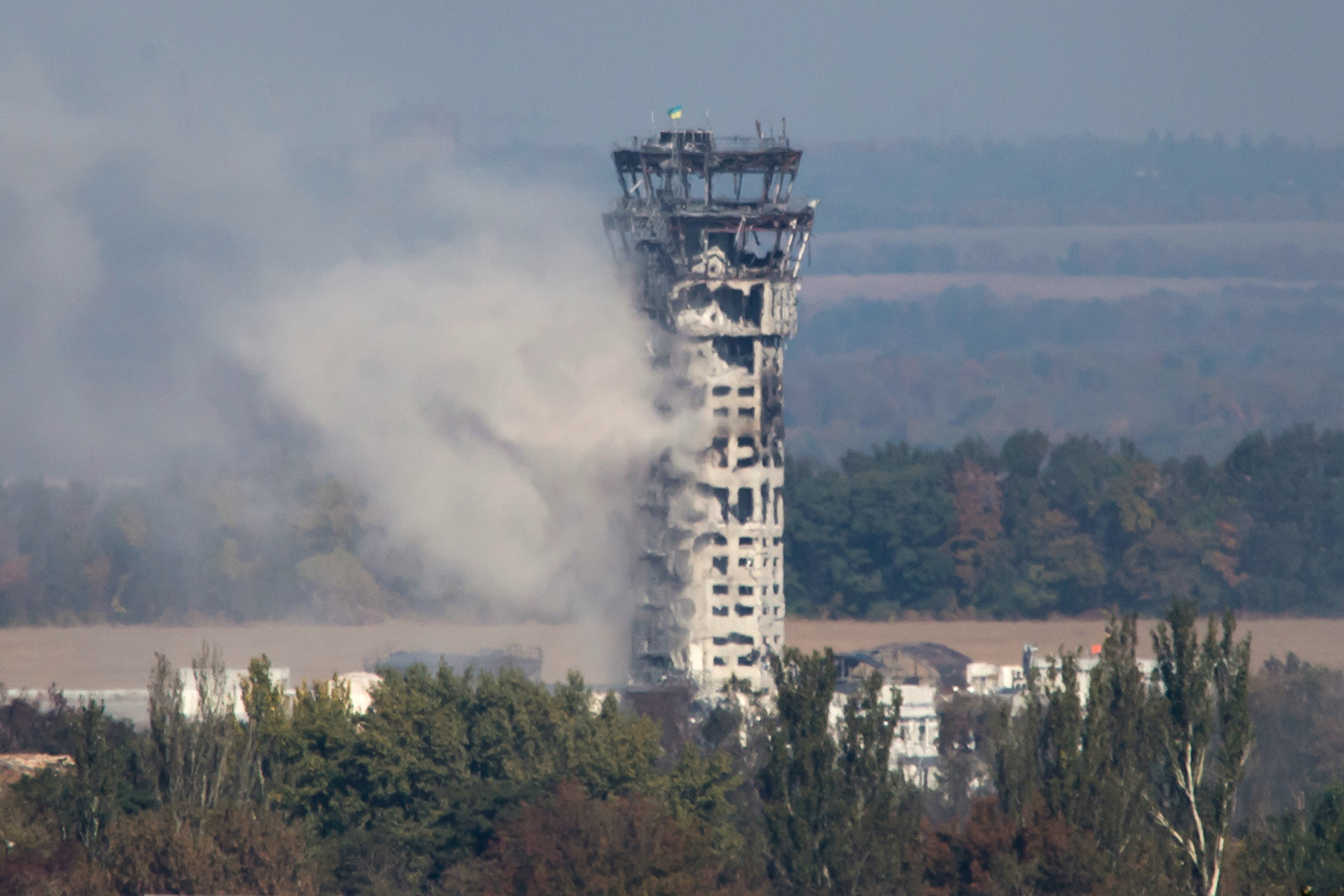 Traffic control tower of the Donetsk airport on 4 October. [Reuters]
