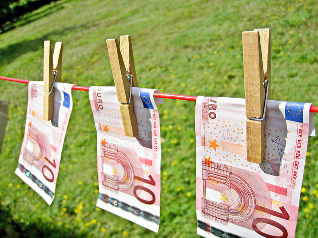 Luxembourg reprimanded over slow transposing of money laundering laws