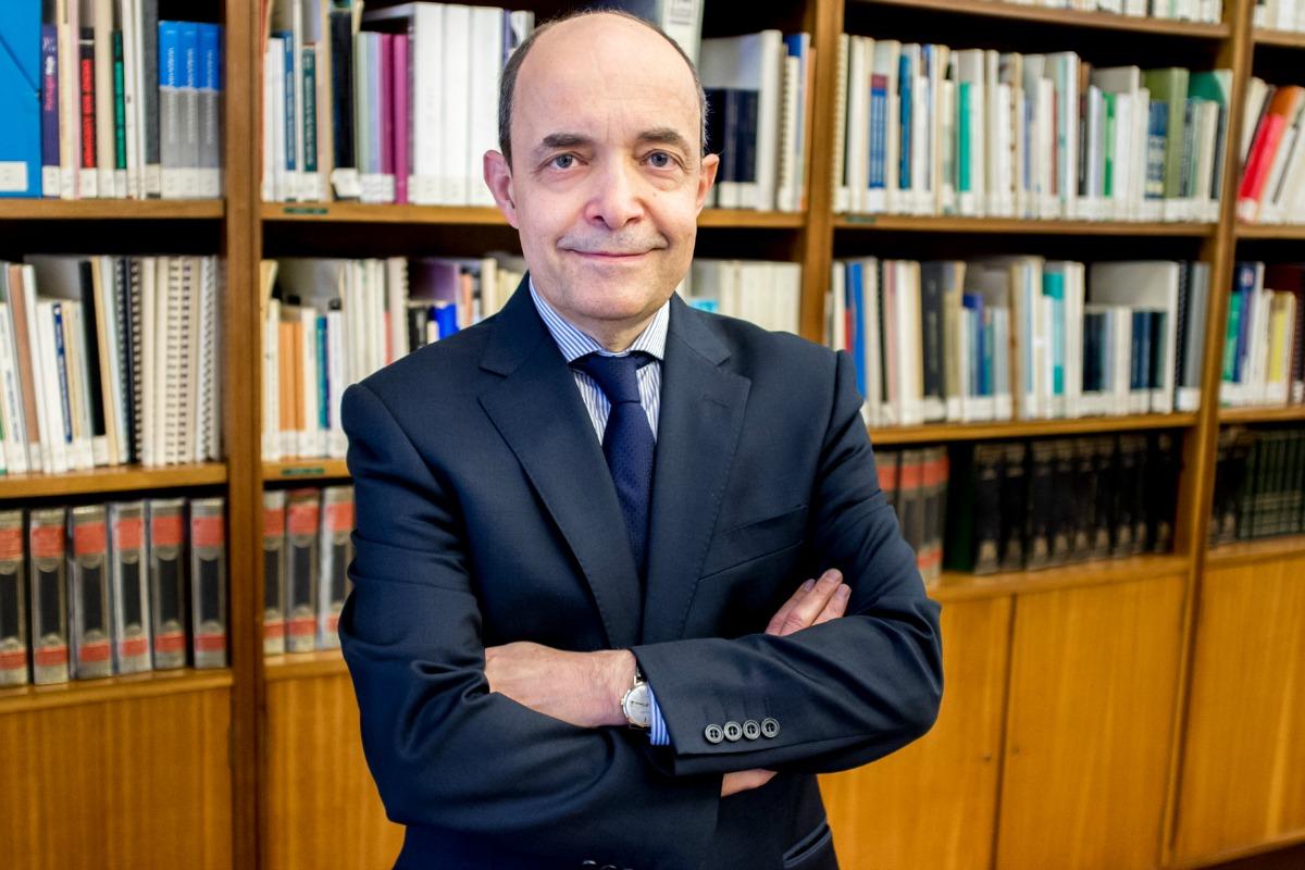 Professor Miguel Seabra