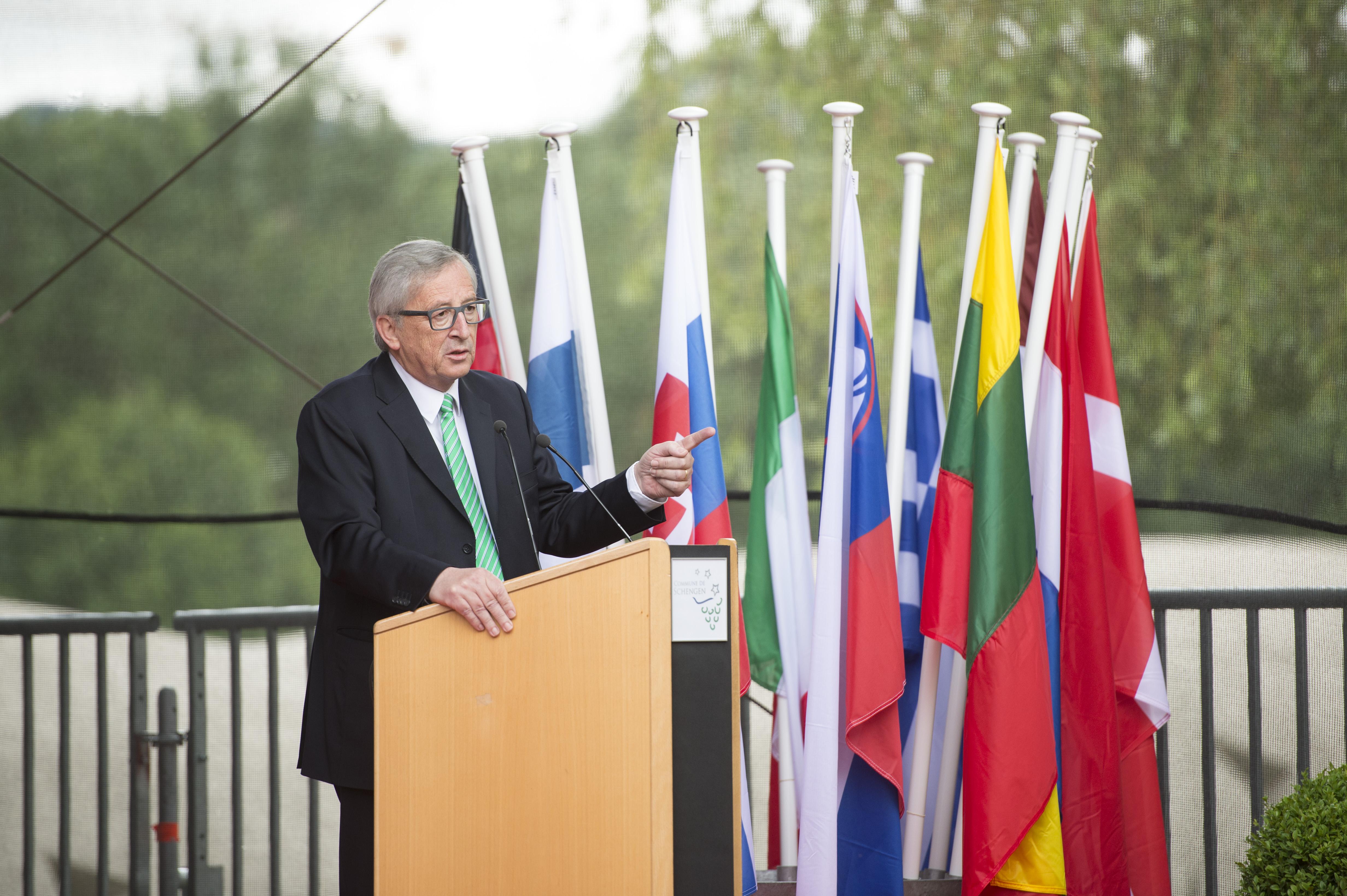 Juncker Marks 30th Anniversary Of Schengen Agreement Euractiv
