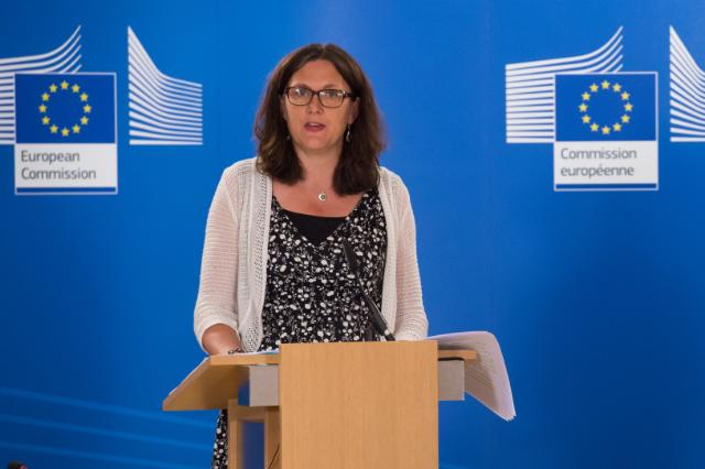 Cecilia Malmström announcing EU trade agreement with Vietnam