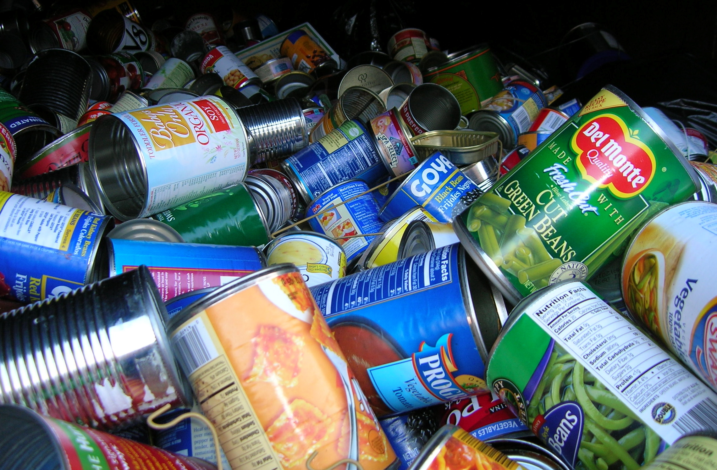Recycling Industry Under Pressure From Falling Raw