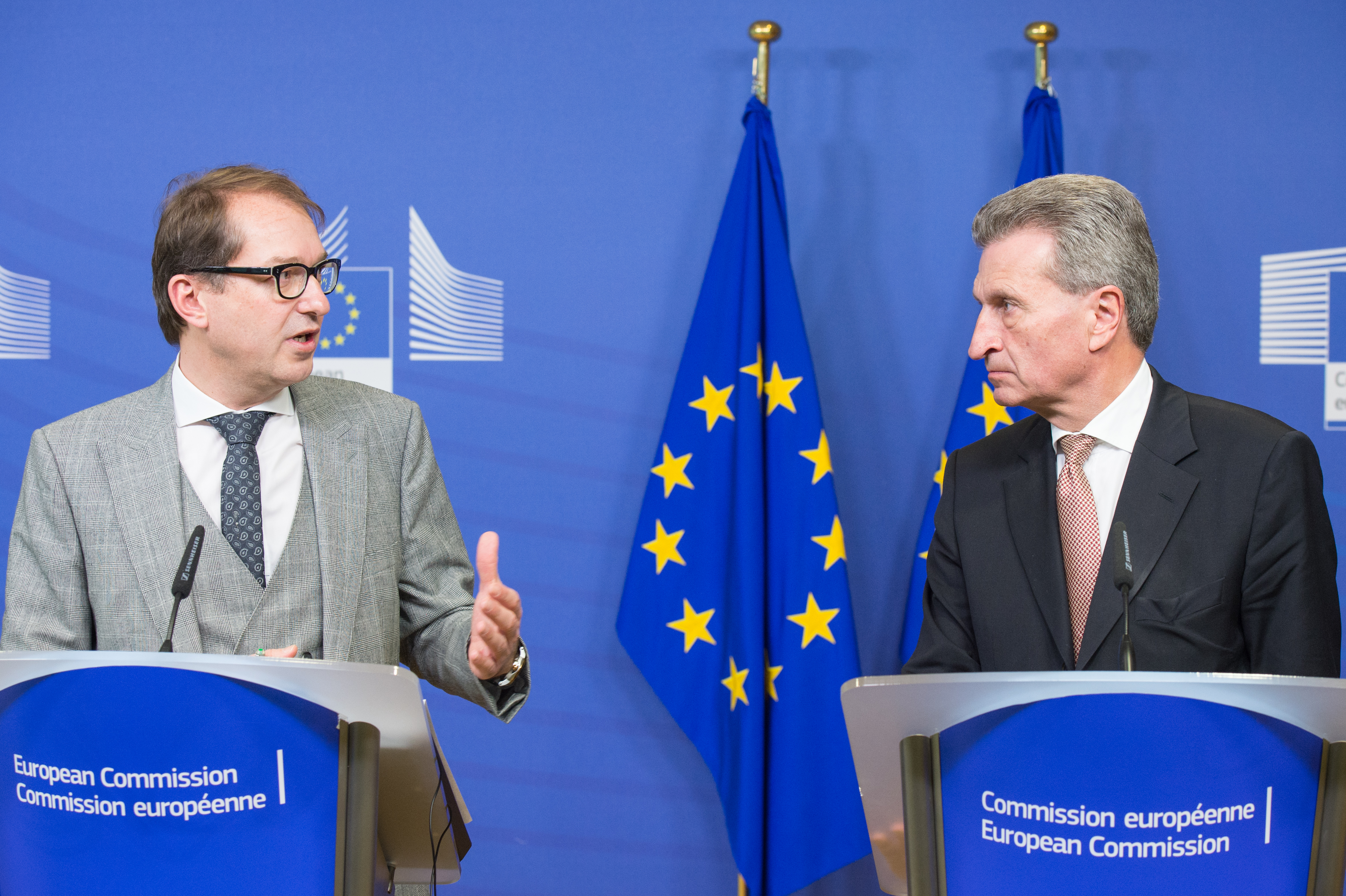 German Transport Minister Alexander Dobrindt and EU Digital Commissioner Günther Oettinger