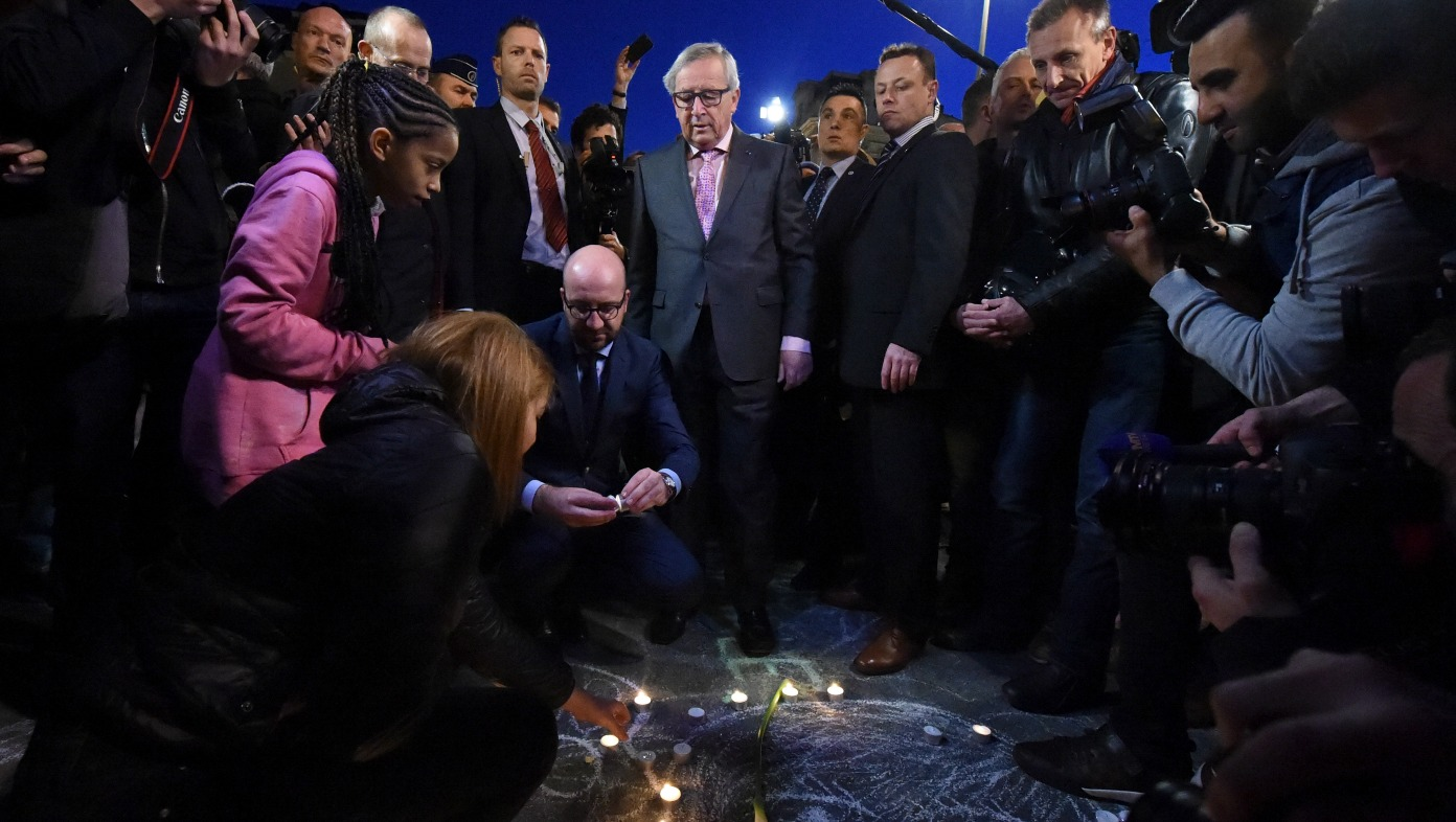 Juncker and Michel paid tribute to the victims of the Brussels terrorist attacks [Commission]