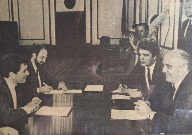 Left: Enrique Barόn Crespo and Geoffrey Harris. Right: Mikhail Gorbachev and collaborator [personal archive]