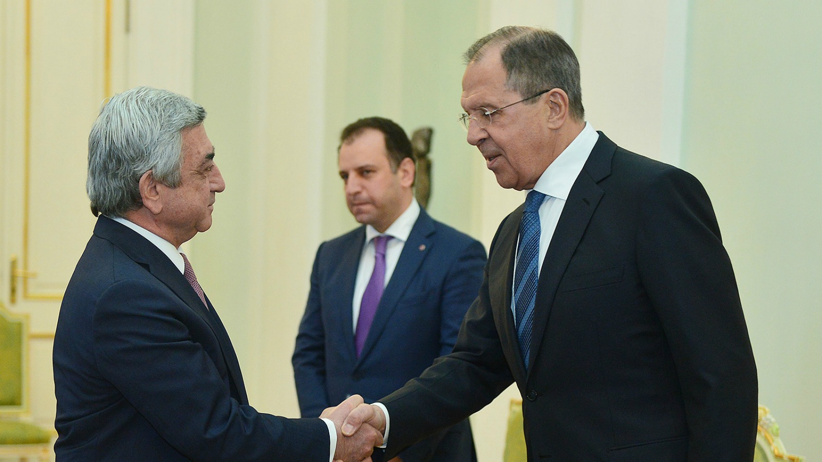 Russia and armenia to establish joint military force euractiv armenian president serzh sargsyan and russian foreign minister sergei lavrov president of armenia kristyandbryce Images