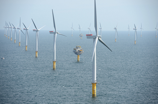 This image has an empty alt attribute; its file name is Offshore_wind_CREDitNHD-INFO_Flickr.jpg