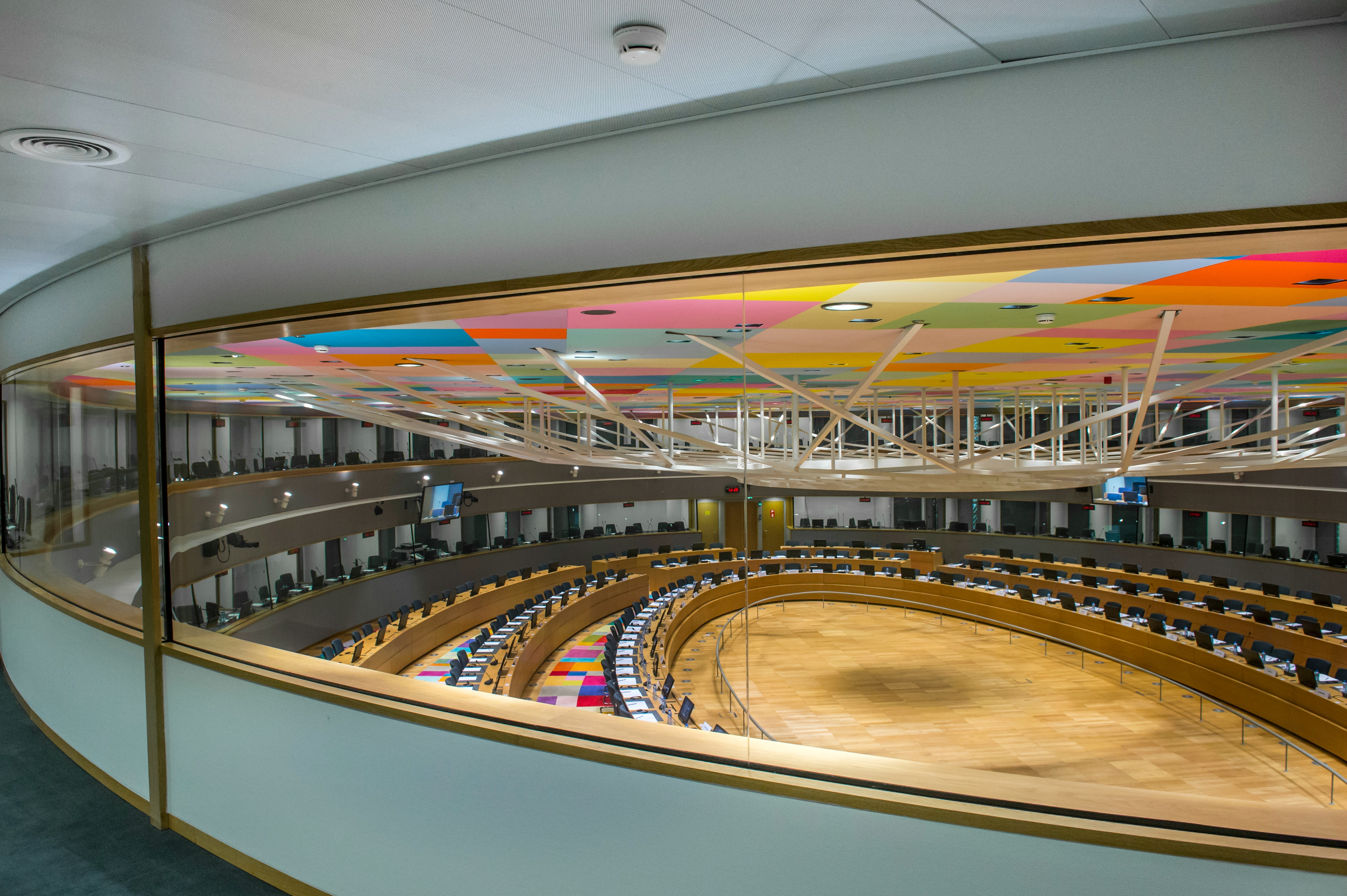 largest-meeting-room-europa-building