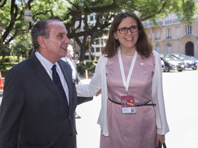 UE teme incerteza com eleições no Brasil e quer fechar acordo com Mercosul até março