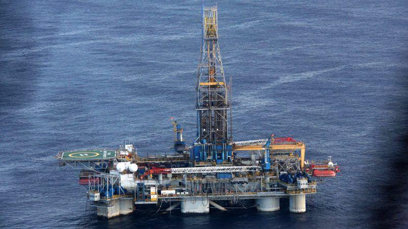 Cyprus, Turkey spar after warships block gas drilling ship