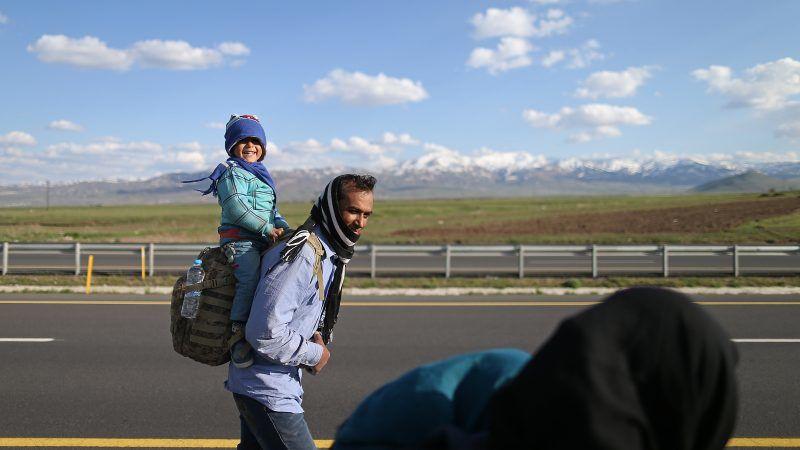 Turkey says facing 'new refugee wave' after 30,000 Afghans arrive