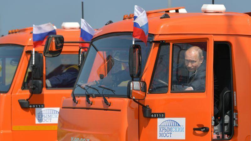 Putin opens new bridge to Crimea, provoking Ukraine, Western ire ...