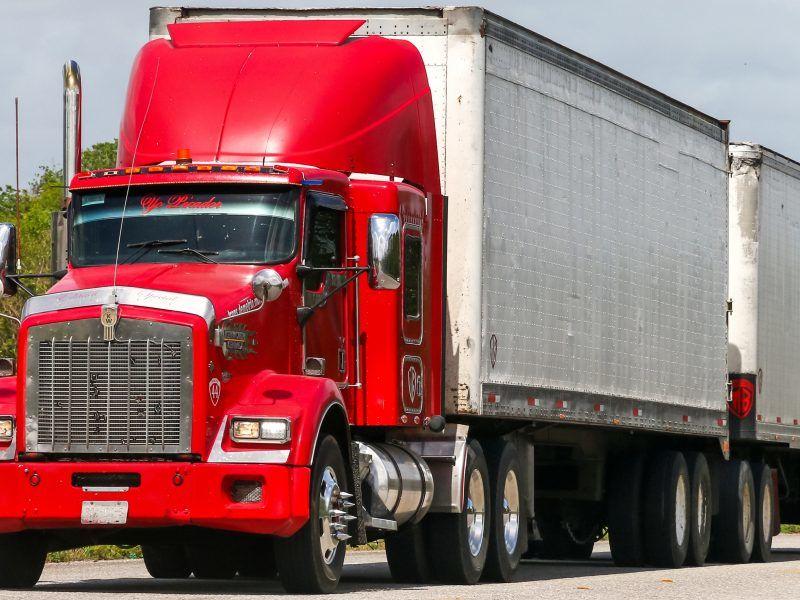 Modular or 'monster' trucks back on the table – EURACTIV.com