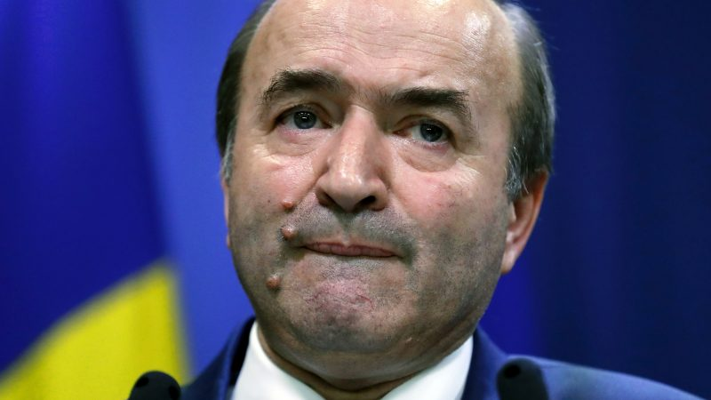 Romanian justice minister sacked for shunning reforms