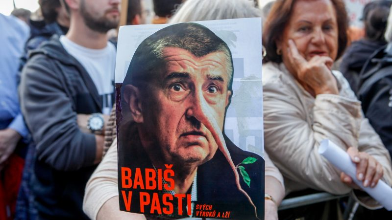 Czechs go to the polls, embattled PM set to win