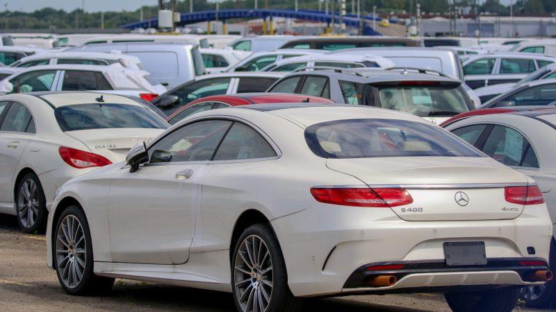 EU redoubles threat to retaliate if US raises auto tariffs