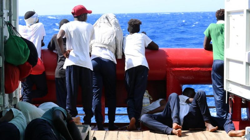 Republic of Ireland to relocate rescue ship migrants