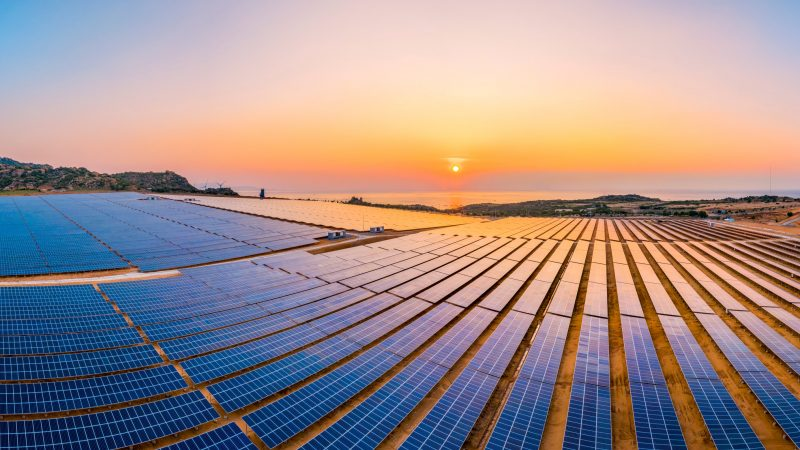 Energy transition 'happening fast but not quickly enough' to stop planet heating: report - EURACTIV