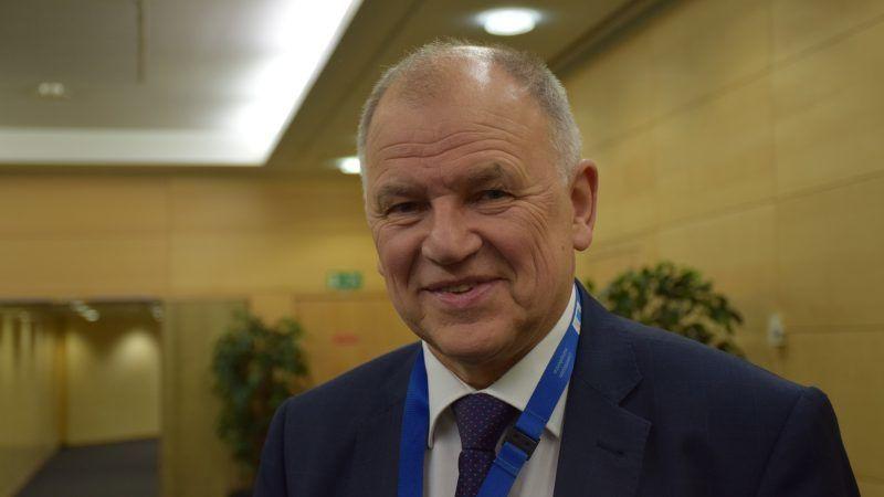 Fostul comisar european al sănătății vorbește necenzurat despre nevoia de schimbare