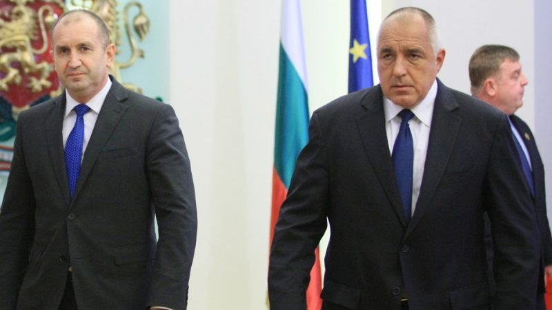 Borissov orders his ministers to obtain Russian coronavirus medicines