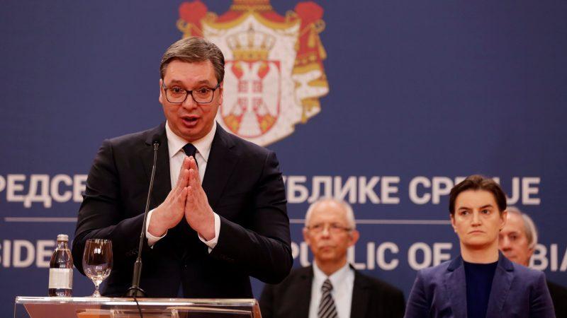 ANGAŽOVALI ČITAVE TIMOVE! Twitter ugasio 8.558 naloga koji su služili za promovisanje SNS-a i Aleksandra Vučića