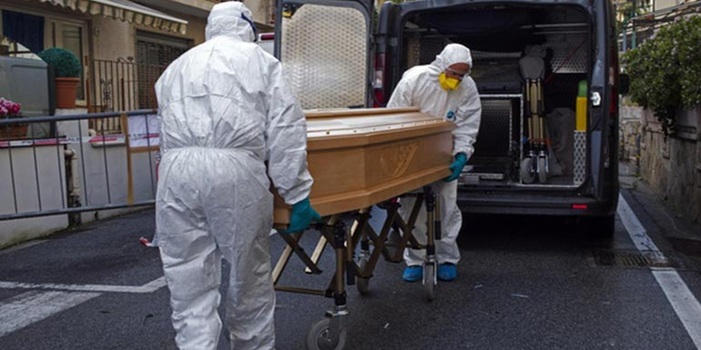 Italy hit by 368 new coronavirus deaths, hospitals in crisis ...