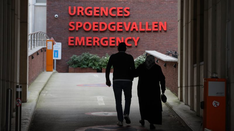 Brussels hospitals sound the alarm