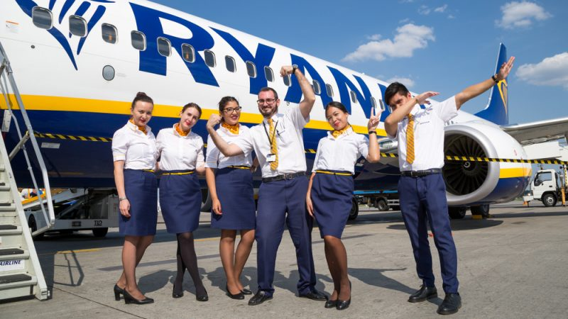 Ryanair marks Labour Day with 3000 job cuts