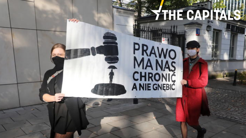 Poland closer to total ban on abortion after top court ruling – EURACTIV.com