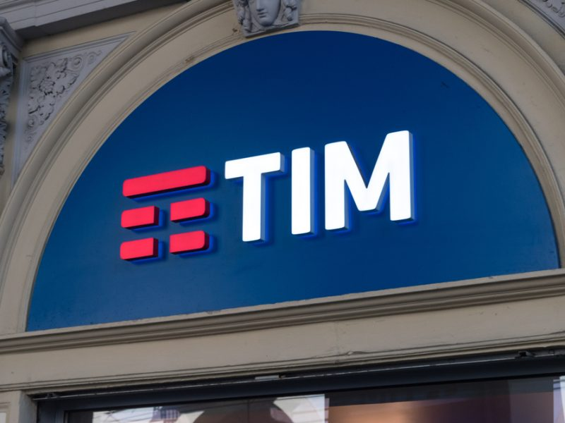Concerns have emerged from EU consumer groups that plans in Italy to establish a single firm overseeing the rollout of the country's future broadband infrastructure could lead to a 'quasi-monopolistic' market structure.