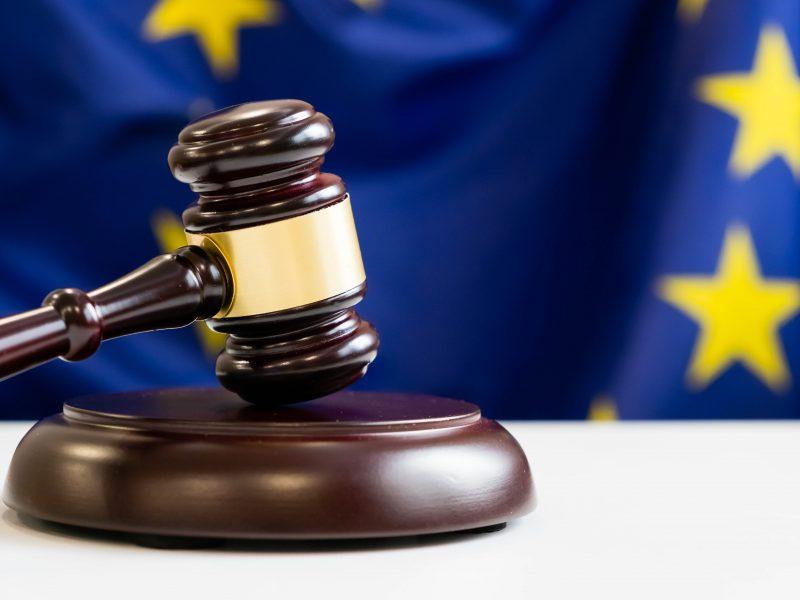 EU institutions strike budget deal on rule of law mechanism – EURACTIV.com