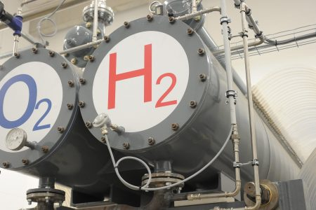 EU bets on blue hydrogen 'to break chicken-and-egg problem'