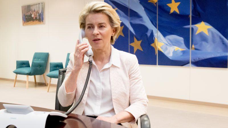 UK Brexit negotiators make last-ditch effort to reach trade deal
