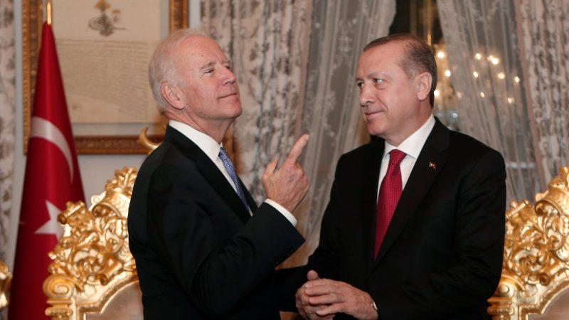 Facing Biden, Erdogan extends olive branch to EU – EURACTIV.com