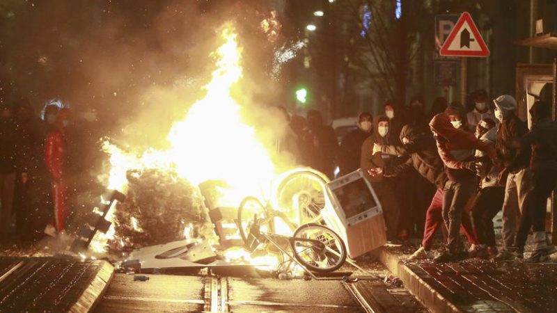 Riots in Brussels after death of black man in police custody – EURACTIV.com