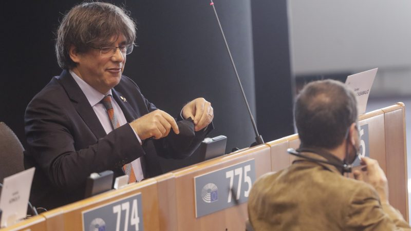 EU lawmakers recommend lifting immunity of Catalan MEPs