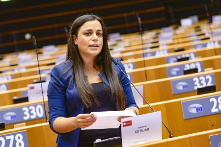 MEP: Don't discount 'human element' in digitisation of business