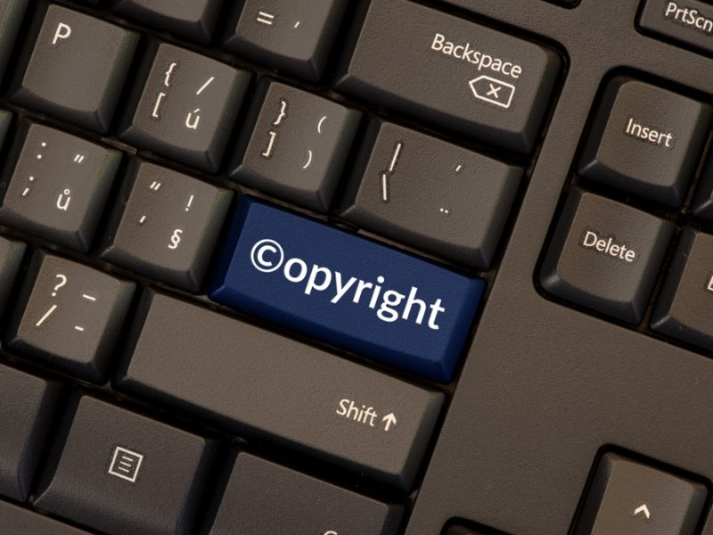 """Commission officials should not be """"influenced behind closed doors"""" as part of recent private meetings on the implementation of the Copyright Directive with MEPs, a letter penned by a cross-section of EU Parliamentarians and seen by EURACTIV says."""