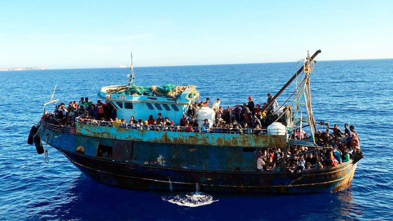 More than 1,400 migrants arrive on Italy's Lampedusa – EURACTIV.com