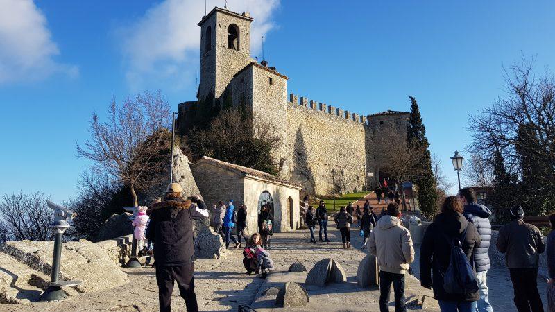 San Marino To Offer Tourists Sputnik Jabs For 50 Euros Euractiv Com
