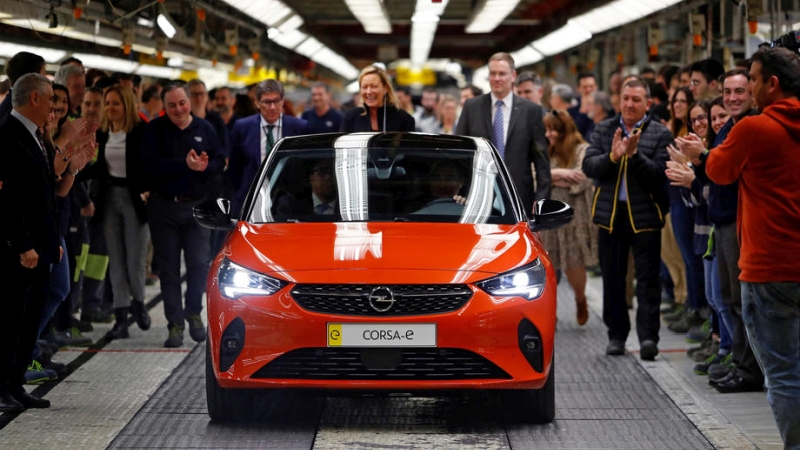 Spain pours billions into fight for slice of European electric vehicle sector – EURACTIV.com