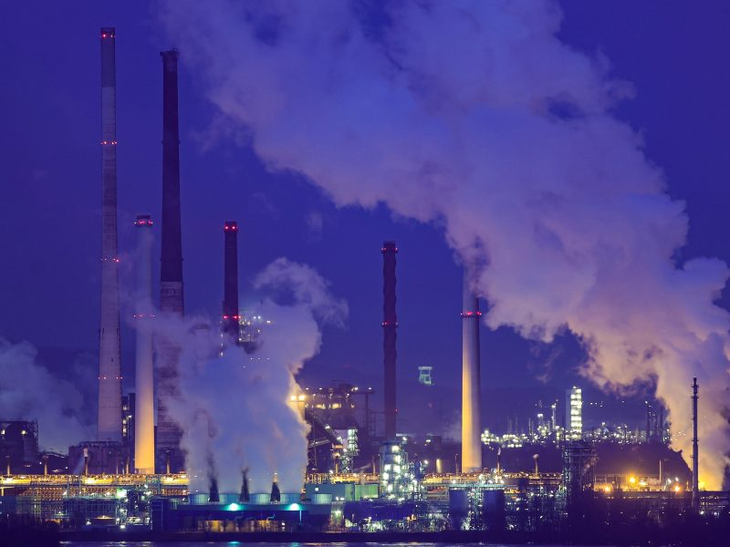 Industry decarbonisation has stalled in recent years, warns think-tank –  EURACTIV.com