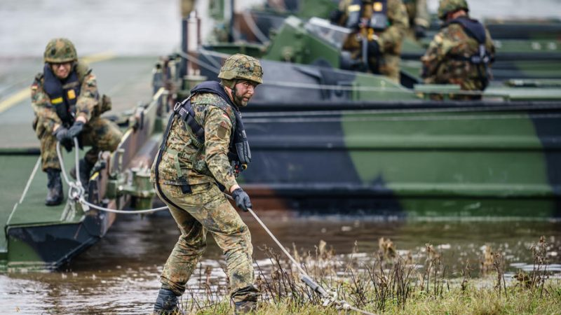 US, Norway, Canada among first foreign countries to join EU military mobility project – EURACTIV.com