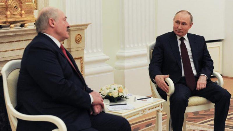 Belarus leader defends diversion of flight carrying activist