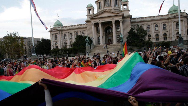Pride parade, anti-globalist rally run parallel in Belgrade